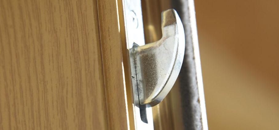 how to turn an internal door to bifolds